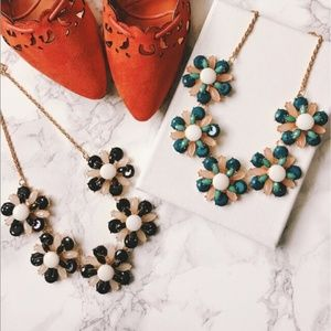Floral statement necklace- green
